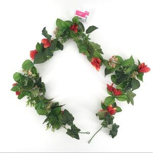 NWT! Summer Red Floral Garland 6 FT